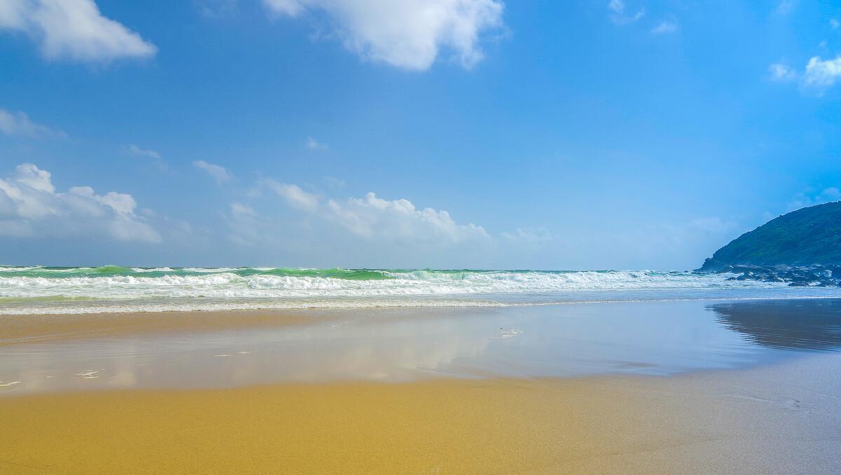 大海、沙滩、蓝天、白云, - 《影像视觉》2016
