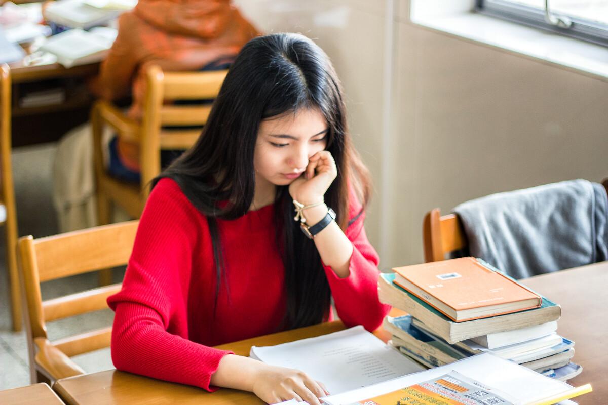 学在东大,书中自有1颜如玉-50mm,美女,南京,90奶后美女g图片
