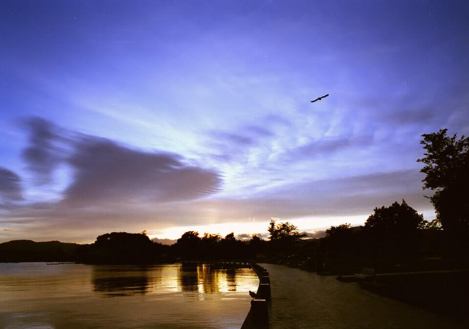 日出 风景/咔啪6月风景建筑类投稿日出在新西兰用胶卷机拍到的日出