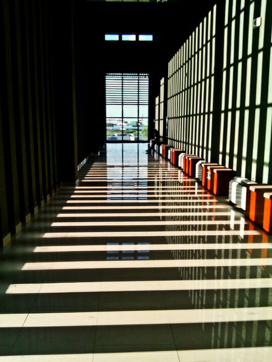 校园的楼梯景象,校园楼梯墙,校园楼梯角_大山谷图库