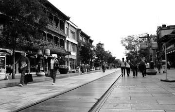 高棉式佛塔直耸向天 标签:旅行pentax泰国黑白摄影