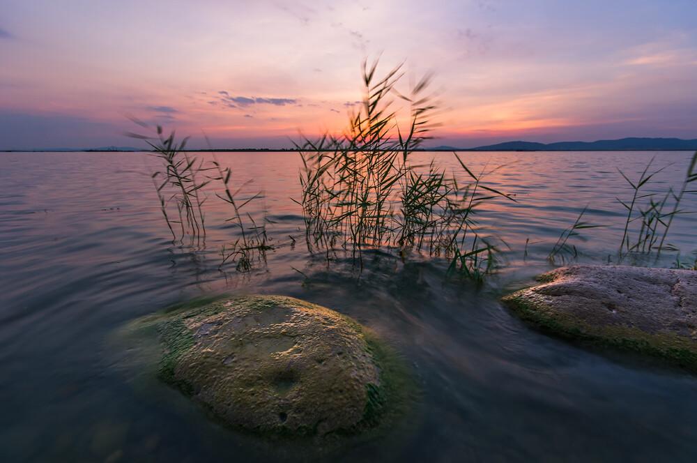 日落东太湖图片