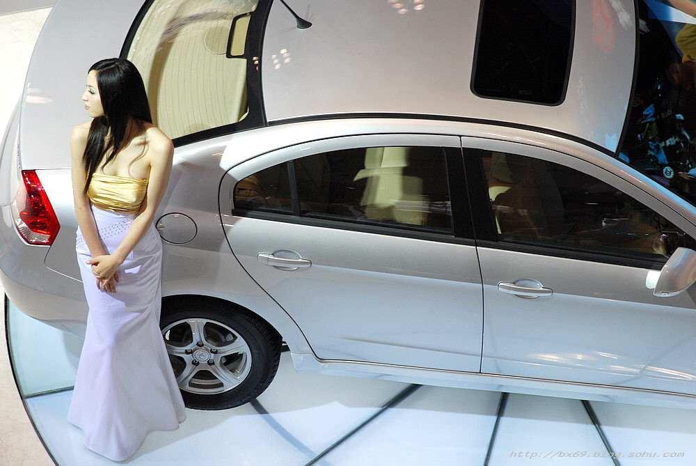 打望重庆车展车模 模特儿 美女 性感
