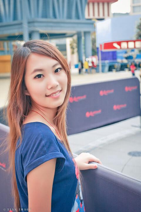 性感美女10张拼图 QQ相册封面拼图10张