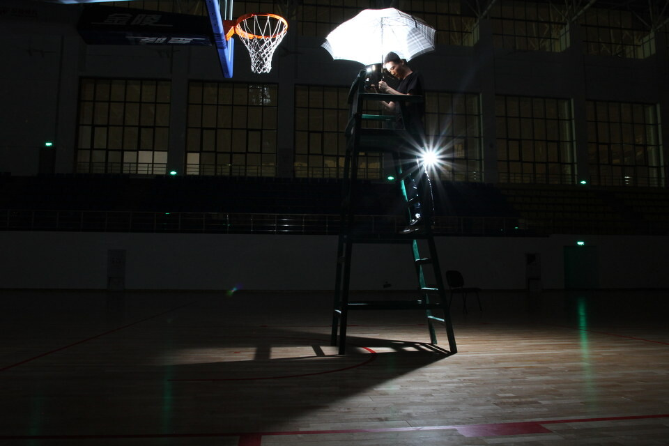篮球场唯美图片背景_